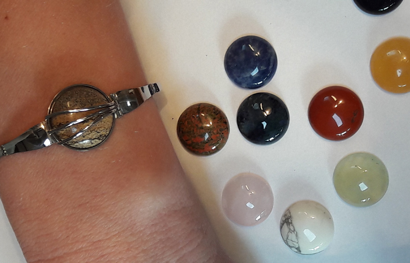 Armband witgoud verwisselbare stenen - Edelsmederij puur & pracht Helvoirt