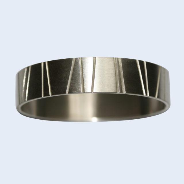 Lijnenspel - armbanden - Edelsmederij puur & pracht Helvoirt