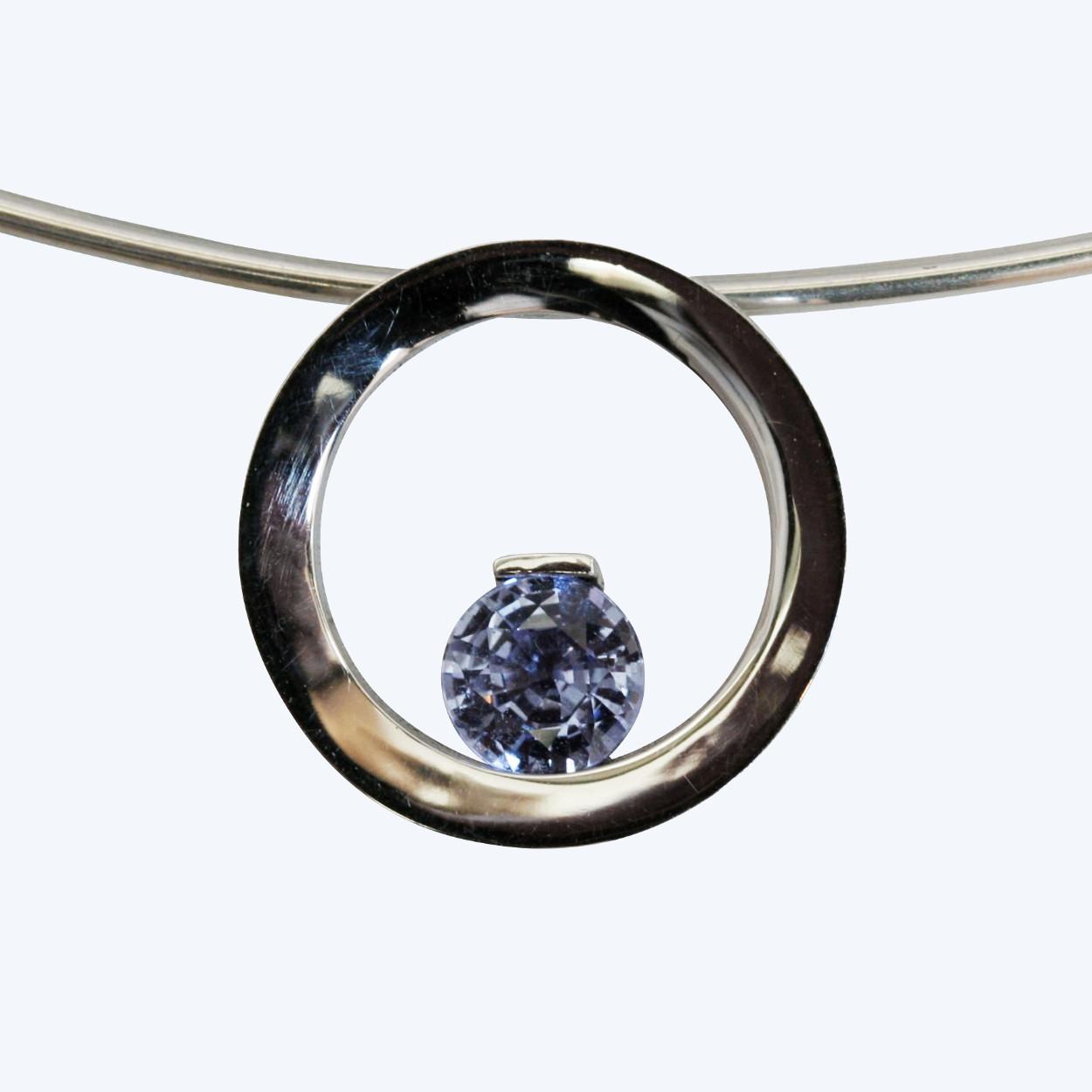 Blue sapphire circle - Colliers - Edelsmederij puur & pracht Helvoirt