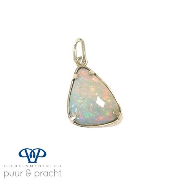 Hanger zilver met opaal - Edelesmederij Puur & Pracht